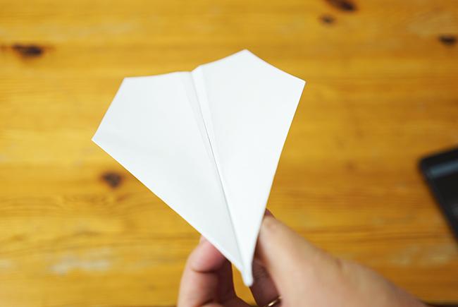 すべての折り紙 ギネス 紙飛行機の折り方 : 飛ぶ紙飛行機の折り方。ギネス ...