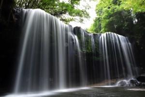 熊本の定番すぎる観光地「鍋ヶ滝」をご紹介します