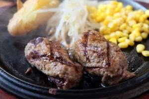俵型ハンバーグの食べ放題が1200円!センターリバーでハンバーグ食いの限界に挑戦