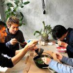 【蟹鍋】それは一刻を争う戦場である。雑炊で平和的解...